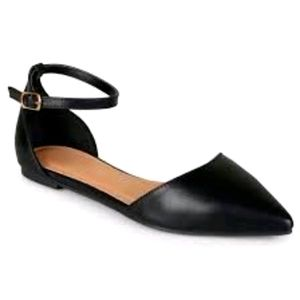 Journee Collection Reba Flat Black Shoes